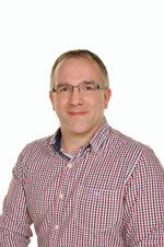 Mr Andrew Holloway